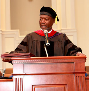 Dr. Woods Presenting MWE 2012 Graduates